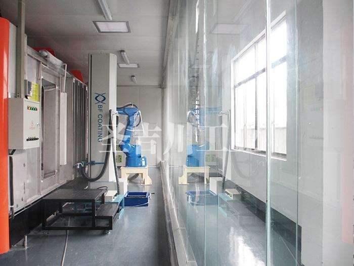 张家港往复升降机和机器人自动喷粉系统