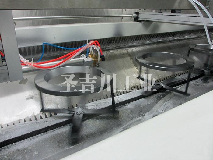 洗衣机面板壳体自动跟踪旋转往复喷漆线